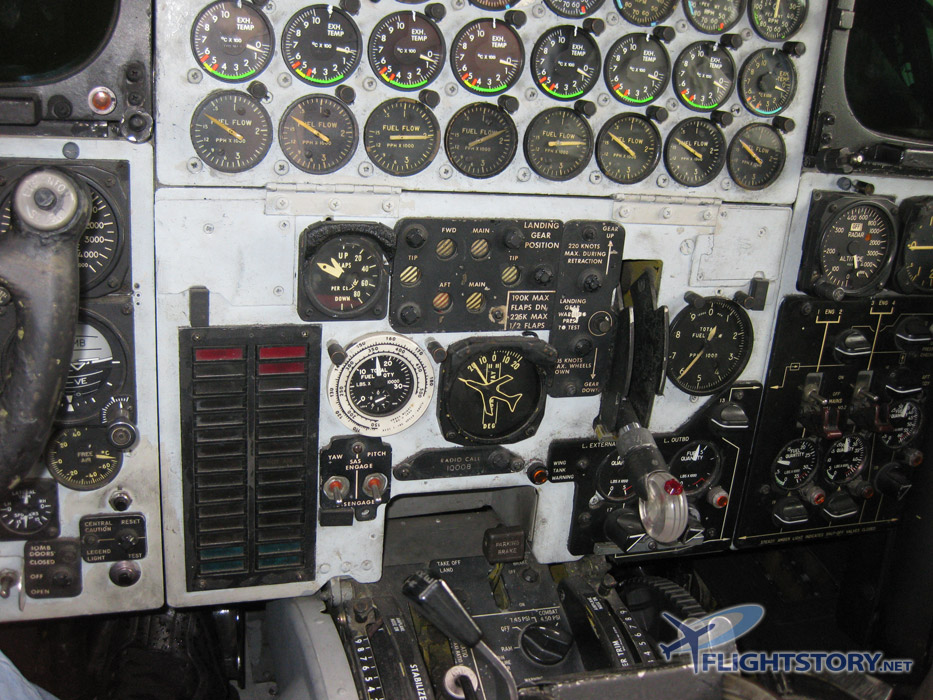 Boeing B-52 Stratofortress Cockpit Center Panel
