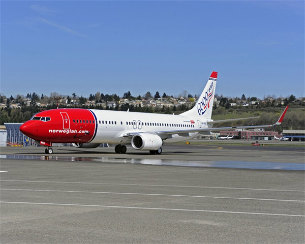 6000th Boeing 737 - Norwegian Air Shuttle ASA (LN-NOL)