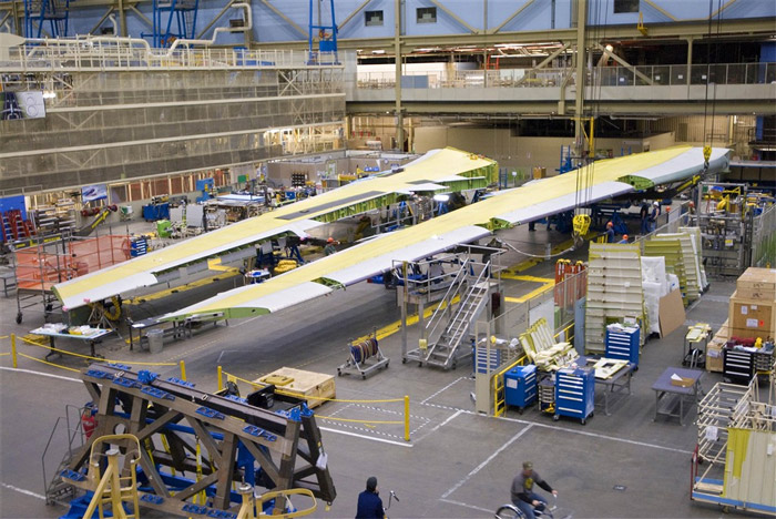 First Set of Boeing 747-8 Wings