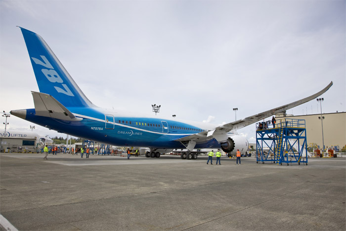 Boeing 787 Dreamliner (ZA001 / N787BA) on Flight Line