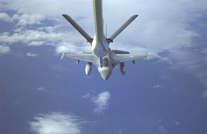 EADS A330 Multi-Role Tanker Transport (MRTT) Boom Refueling