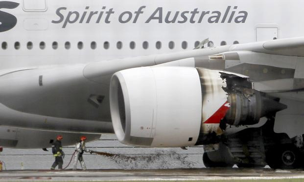 Qantas Airbus A380 Uncontained Engine Failure in Singapore