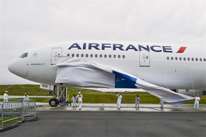 777th Boeing 777 - Air France Boeing 777-300ER with New Livery