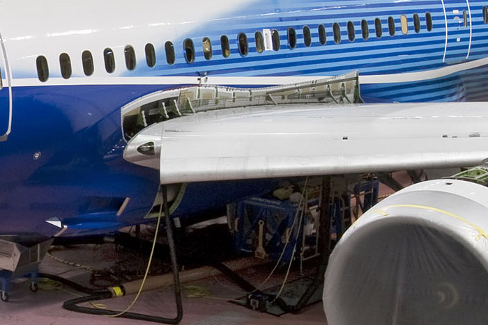 Boeing 787 Dreamliner new fittings on side-of-body section