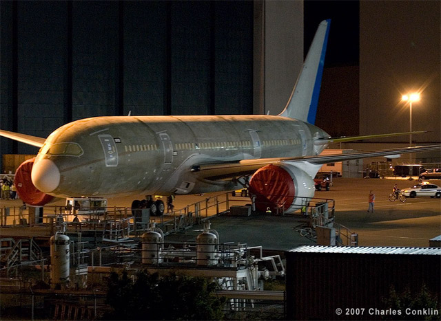First Boeing 787 Dreamliner finished