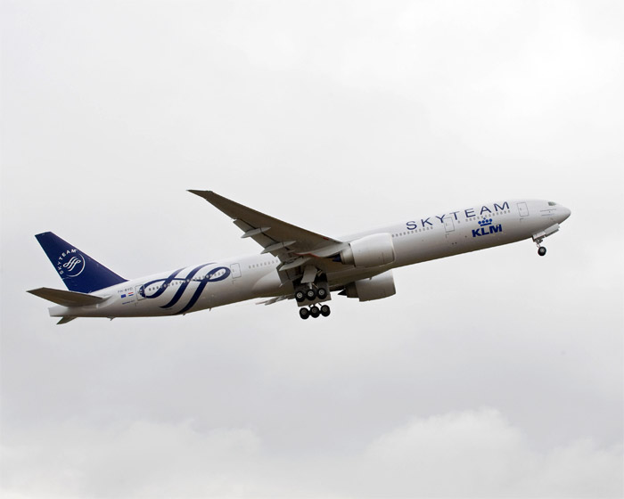 KLM Royal Dutch Airlines Boeing 777-300ER in Special SkyTeam Livery