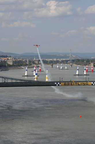 Red Bull Air Race Budapest Flying under Bridge