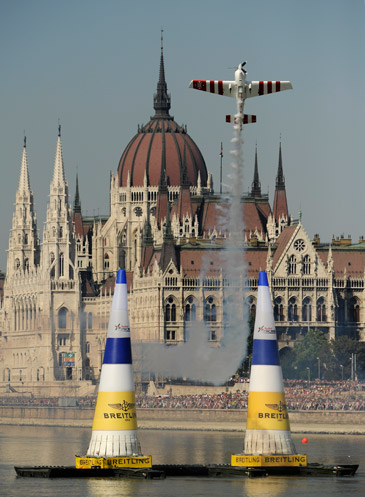 Red Bull Air Race Budapest Stunning Flight Action