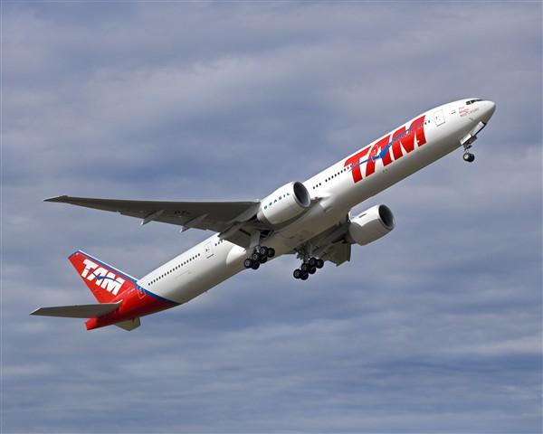 TAM Airlines Boeing 777-300ER