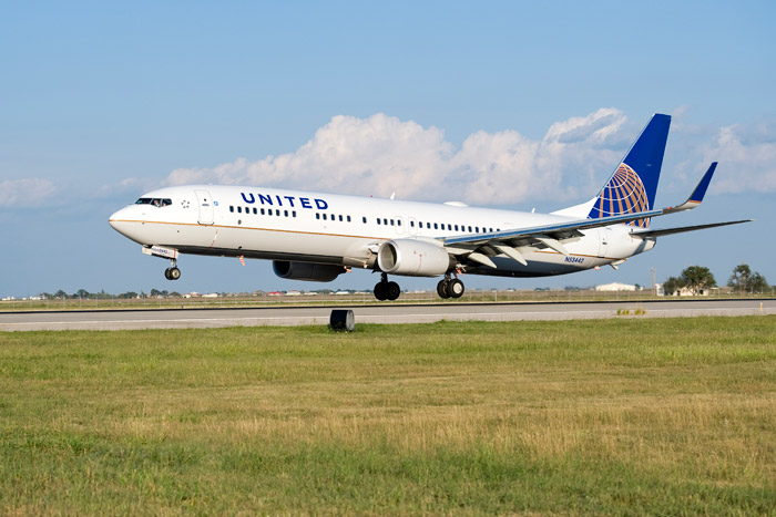 United Continental Boeing 737